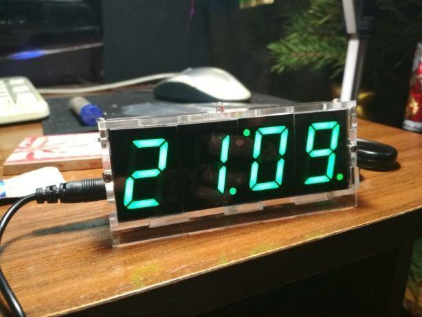 Часы-конструктор ( большие цифры) + батарейка cr1220