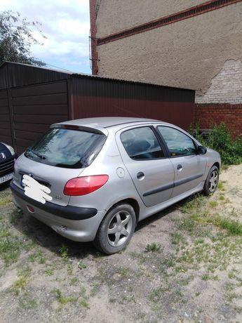 Peugeot 206 srebrny