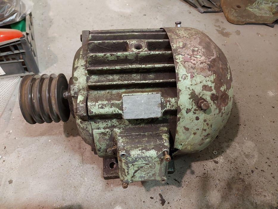 Silnik 400v 4,5 kw 1440 obr Jaworzno - image 1