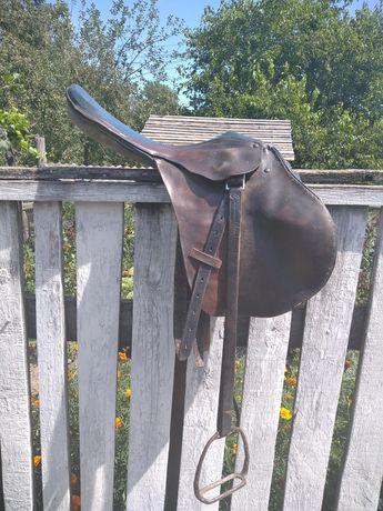Сідло кінне , сідло для коня . Срочно!!!