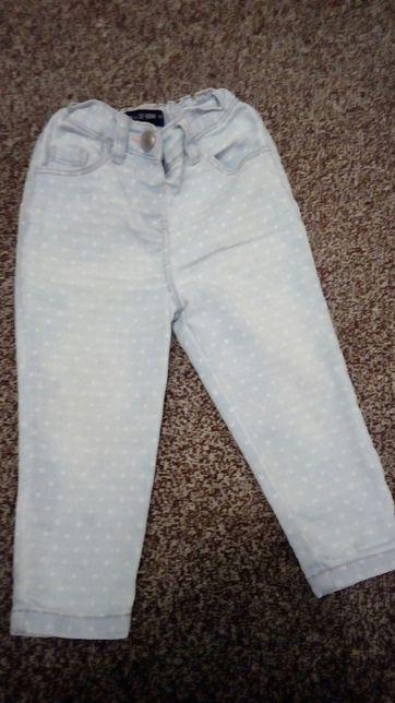 Легкие джинсы на девочку 12-18 м