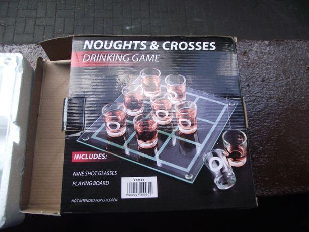 Gra kółko i krzyżyk (Gra do picia) - Noughts & Crosses