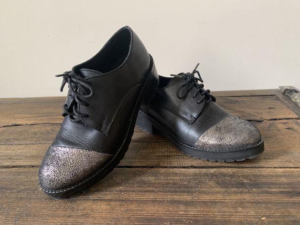 Buty dziewczęce czarne skóra, rozm 33