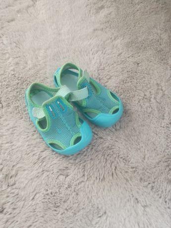 Sandały Nike 21