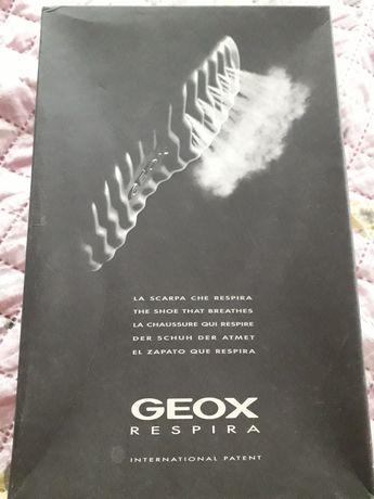 Фирменные туфли (мокасины) GEOX