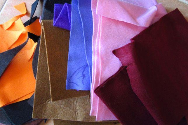 Tecidos diversos, para desocupar. Feltros de cores diversas e rendas