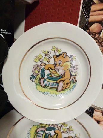 Фарфоровые тарелки с мишкой времен СССР