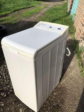 Продам отличную стиральную машину на 5кг
