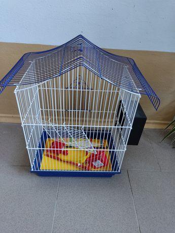 Продам клітку для папуги