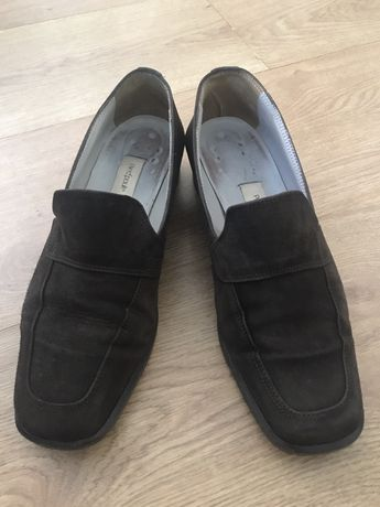 Sapato em camurça, sola de couro Pied Poule