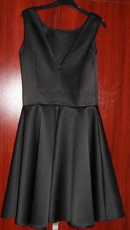 Czarna sukienka rozm. 38-36 jak nowa + gratis pasek