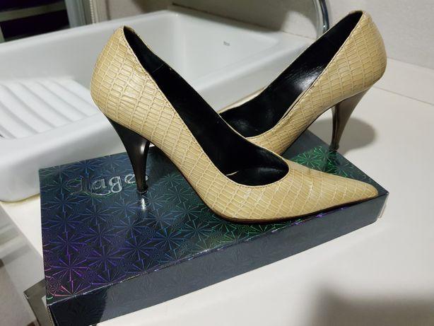 Vendo sapatos marca lages tamanho 36
