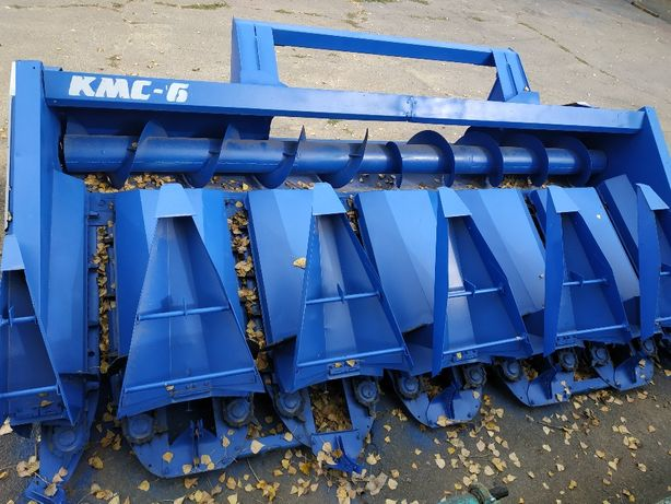 Жатка для уборки кукурузы КМС-6 на New Holand