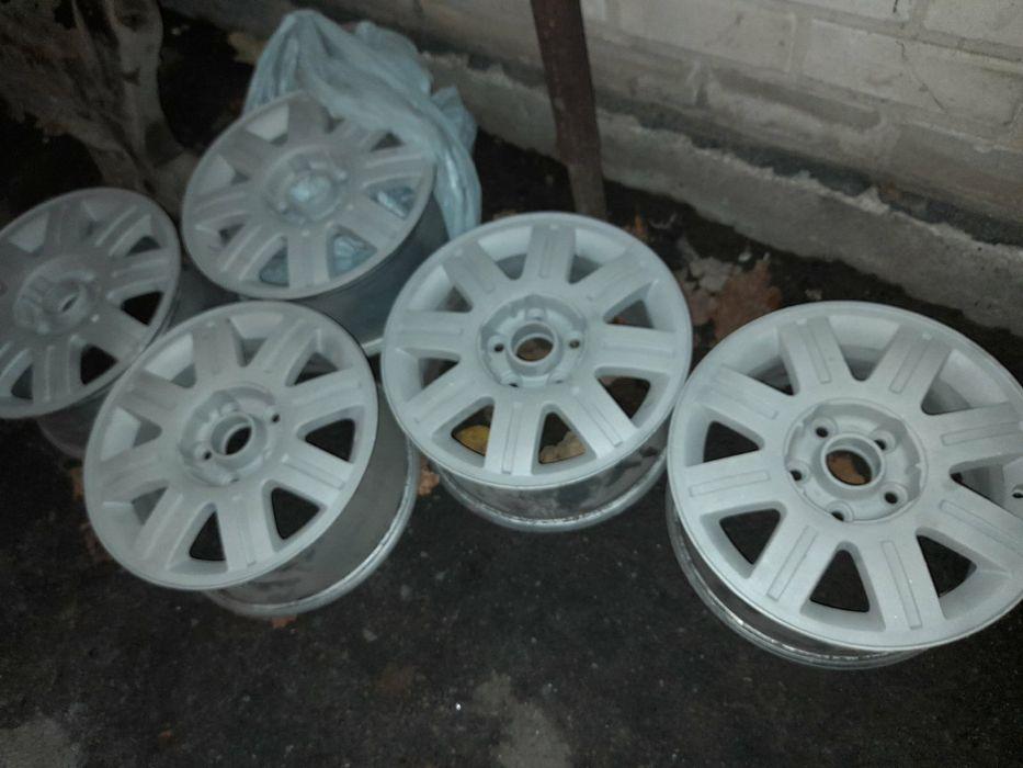 Продам титановые диски R15 Audi Новомосковск - изображение 1