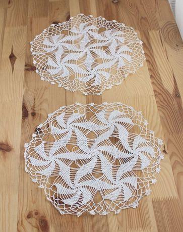 Okrągła biała serwetka- 35 cm