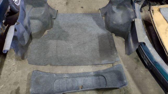 BMW E36 coupe wygłuszenia wygłuszenie bagażnika tapicerka podłoga