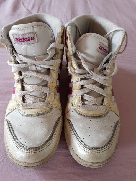 Sapatilhas Adidas - botas