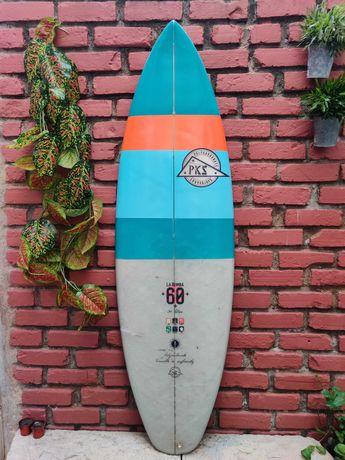Prancha de surf La Bomba 6' 34L