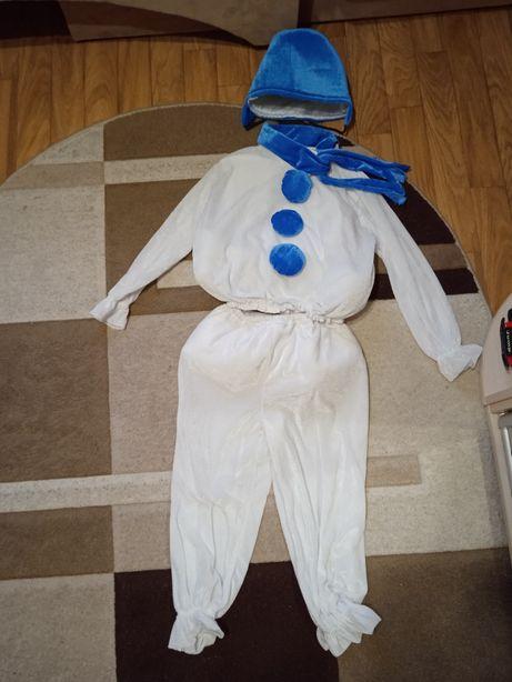 Новорічний костюм сніговика