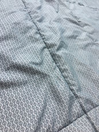 Narzuta / pled na łóżko 250/265 cm