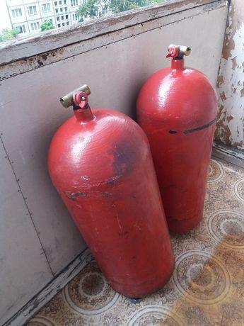 Продам 2 польских баллона газ метан