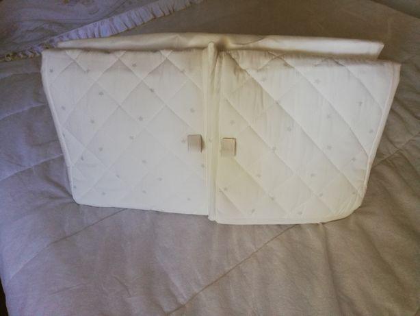 Protetor de berço branco e cinzento Ikea 60x120cm