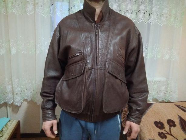 Куртка тёплая кожаная мужская, 52 размер.
