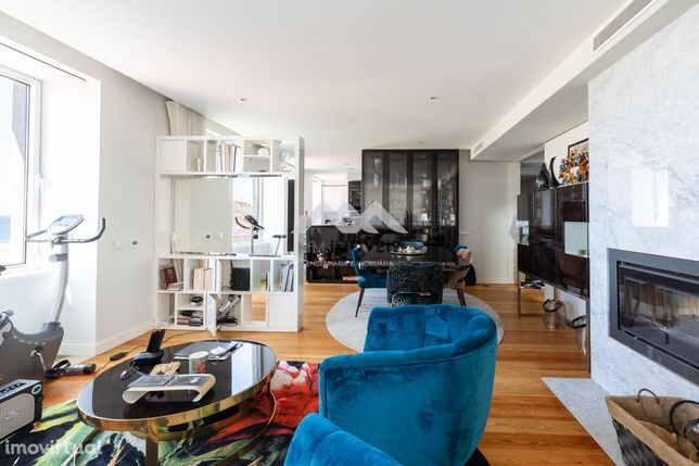 T4 Duplex   1ª Linha Leça   Condomínio Fechado   Terraço