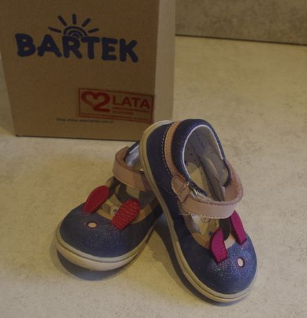 Buty BARTEK, czółenka, sandały zabudowane, r.22