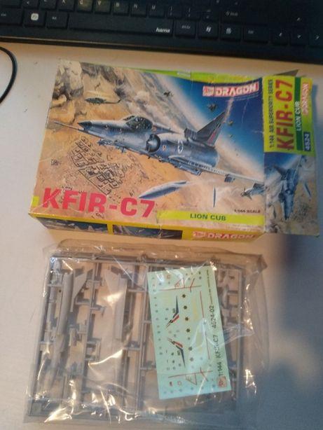 miniatura aviao dragon kfir-C7