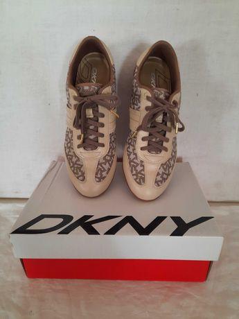 Tenis de marca DKNY TAM 39