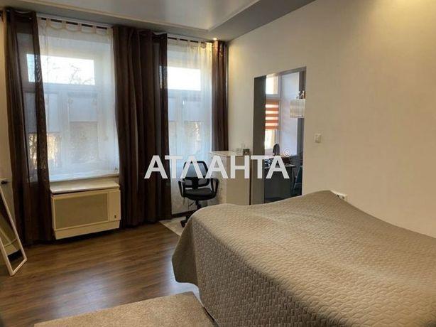 1-кімнатна квартира вул. Б. Хмельницького,  Шевченківський район.