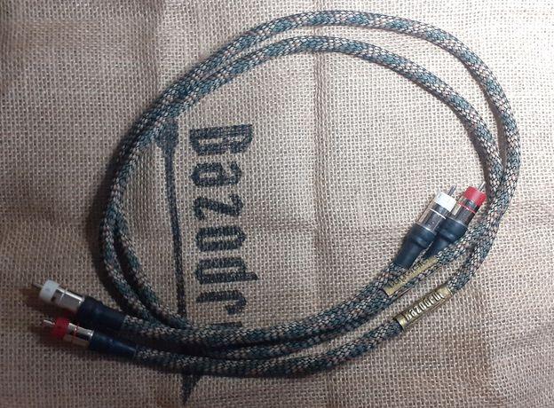 Bazodrut Bagatelle 1m, Kable RCA