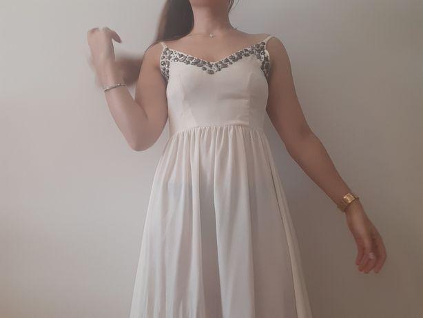 Vestido comprido branco de cerimónia