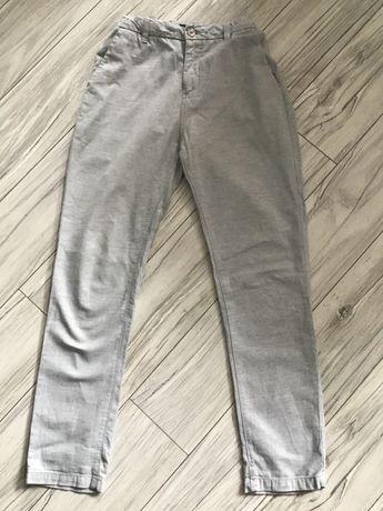 Spodnie marki Reserved r. 164 cm 100% bawełna 15 zł