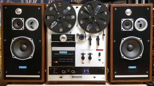 магнитофон бабинный AKAI X2000SD