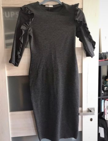 Szara sukienka Zara