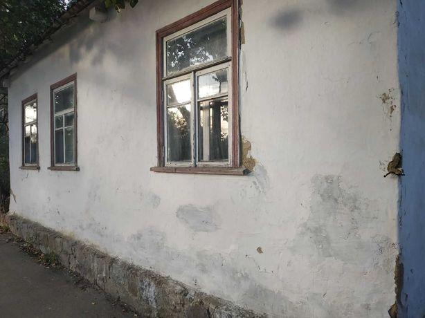 Продам дом в Тараще, центр
