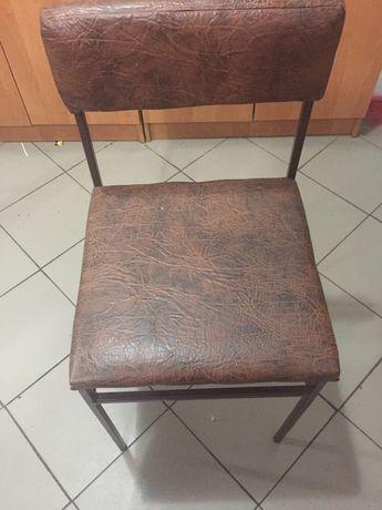 Продам стільці