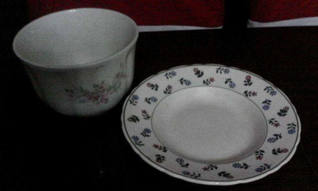 prato e taça antigos