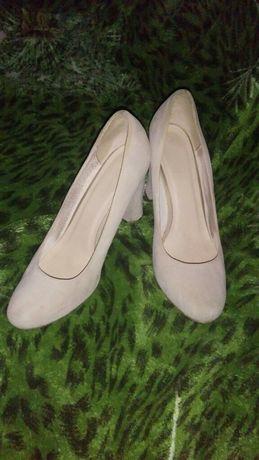 Замшевые туфли 40