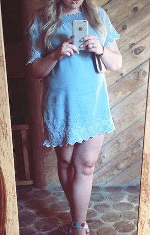 Sukienka hiszpanka z tkaniny bawelna-jeans z haftem rozmiar 44
