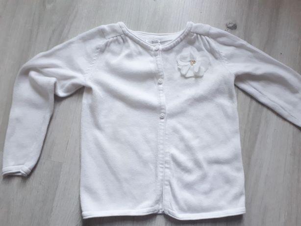 Biały klasyczny sweterek 98 C&A