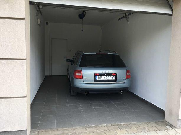 Duży garaż magazyn prąd, światło, brama na pilota