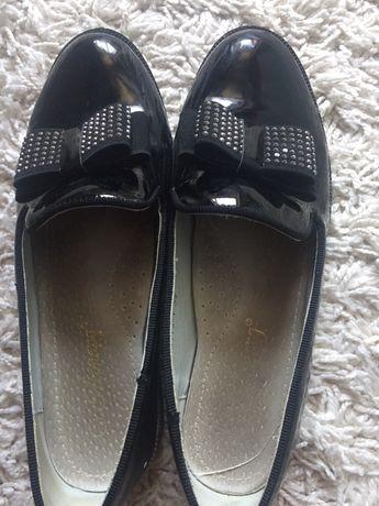 Туфли на девочку 34 р-р