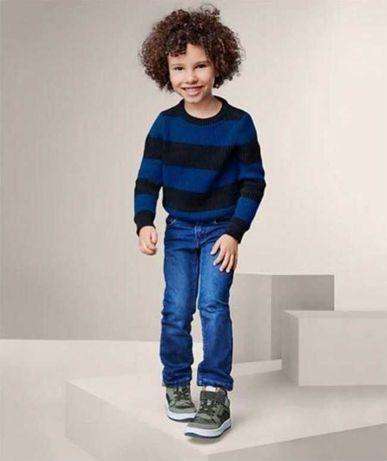 Красивый плотный свитер на мальчика TCM Tchibo.