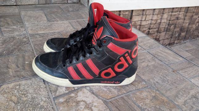 Ботинки кроссовки фирменные Adidas