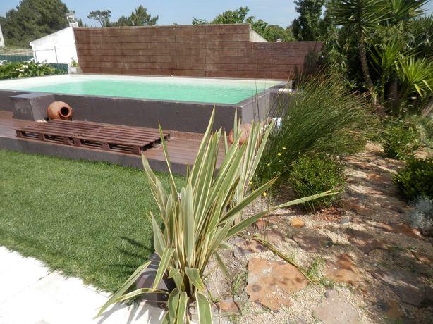 Moradia T3+2 com Piscina, Telheiro com Churrasqueira, Garagem e Jardim