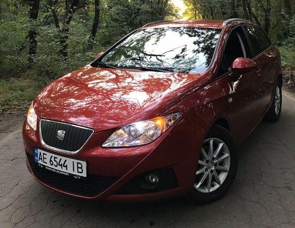 Продам Seat Ibiza 1.2tdi(4 литра расход) 2011г