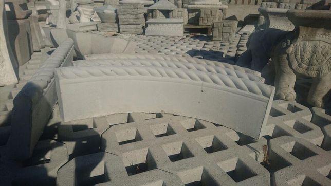 Obrzeża betonowe